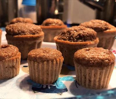 Muffins de Alfarroba ou Cacau – Paleo, Sem Glúten, Sem Lacticínios, Sem Adição de Açúcares