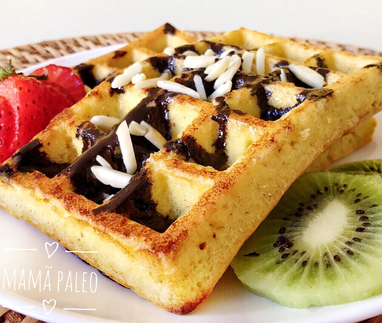 Waffles de Amêndoa e Coco – Low Carb, Sem Glúten, Sem Lacticínios