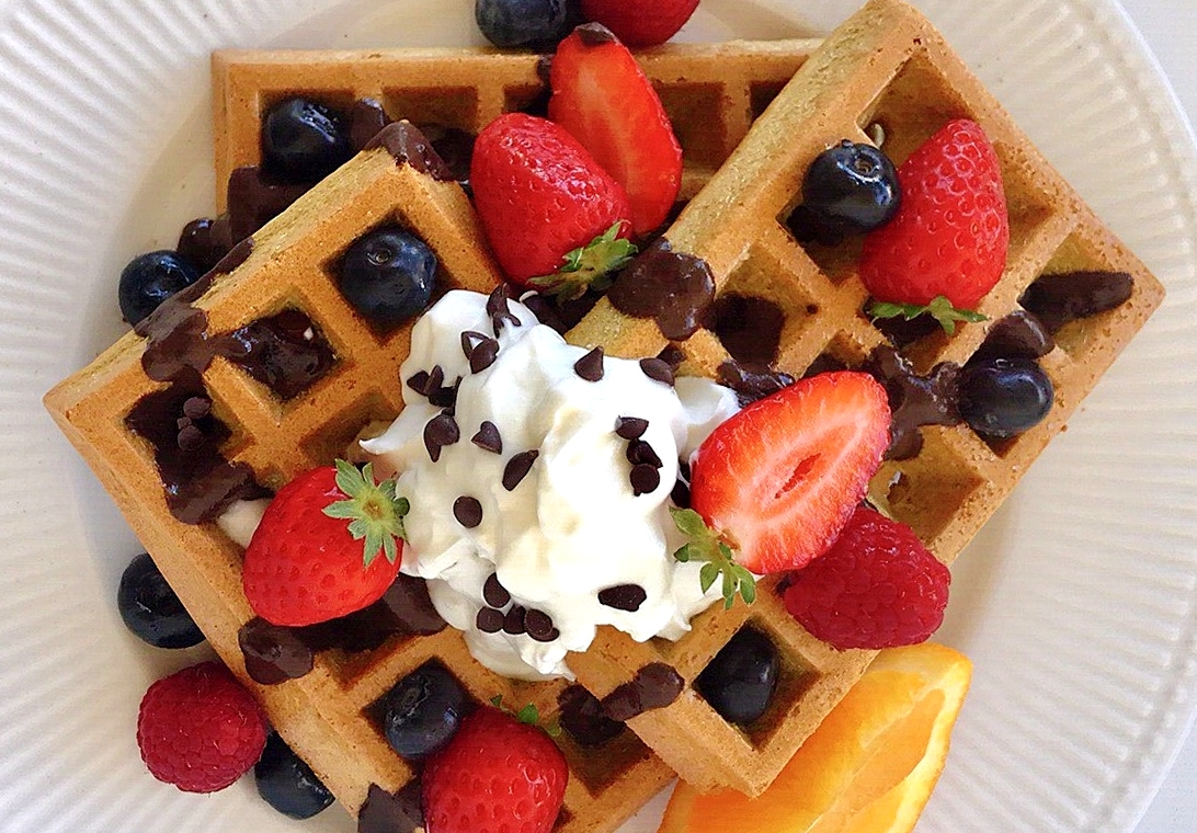 Waffles de Laranja – Low Carb, Sem Glúten, Sem Lacticínios