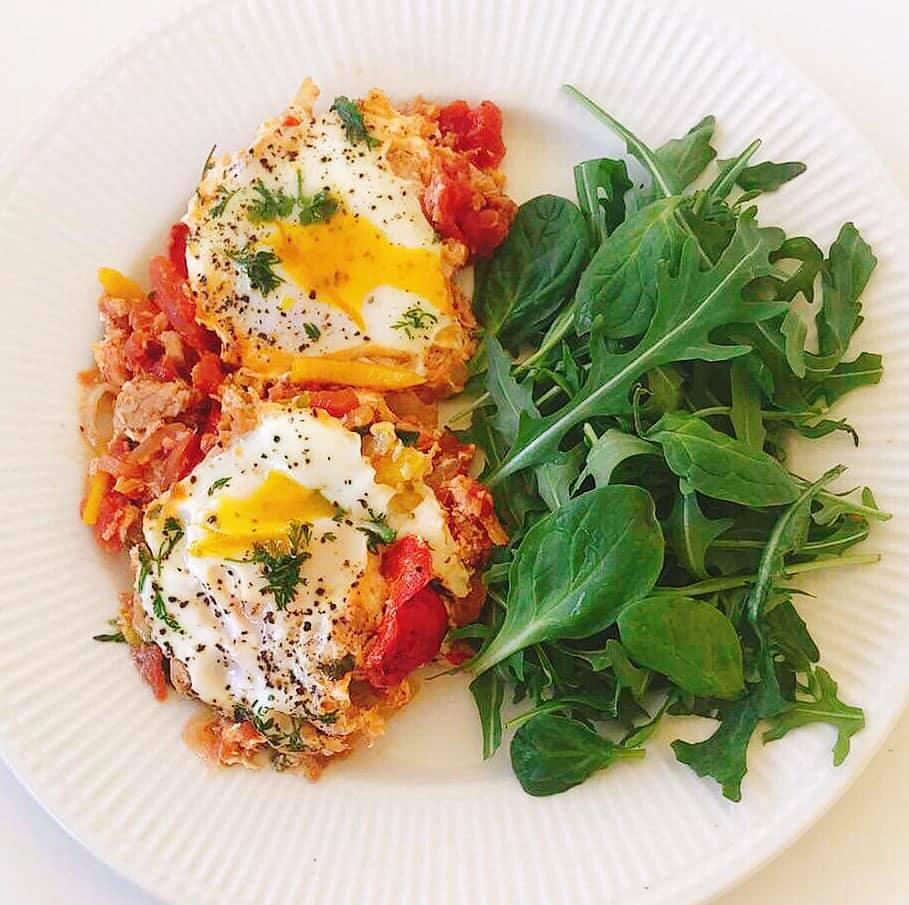 Tomatada de Atum com Ovos – Low Carb, Sem Glúten, Sem Lacticínios