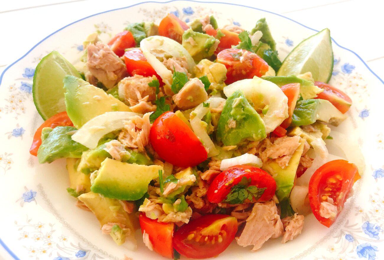 Salada de Atum Low Carb em 5 minutos – Sem Glúten, Sem Lacticínios