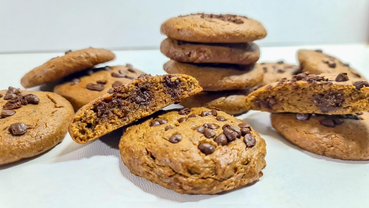 Bolachas Low Carb de 2 ingredientes – sem farinhas