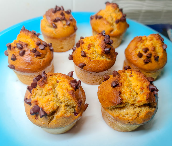 Muffins de Banana e Amendoim – Sem Glúten, Sem Lacticínios
