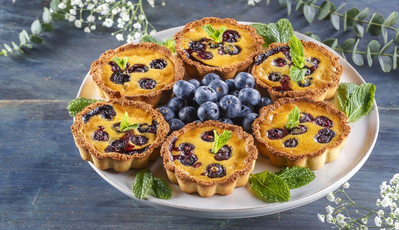 Tarteletes de Limão e Mirtilos – Low Carb, Sem Gluten, Sem Lacticínios